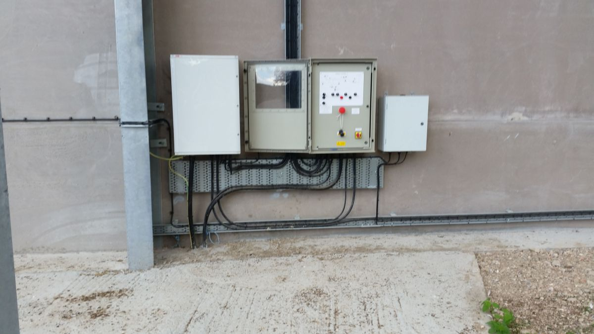 ETA Control Systems Ltd Commercial Electrical Installations Electrical work for Marinas, farms, farm buildings, factories, large industrial units marinas Oxfordshire. Agricultural electrical engineers
